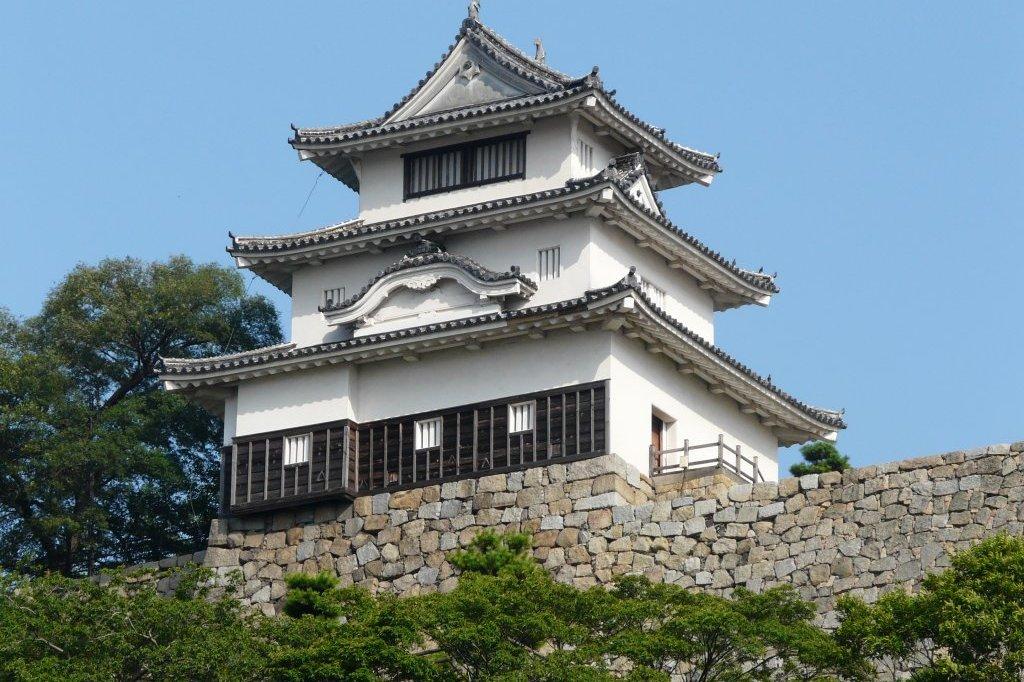 丸亀城|スポット・体験|香川県観光協会公式サイト - うどん県旅ネット